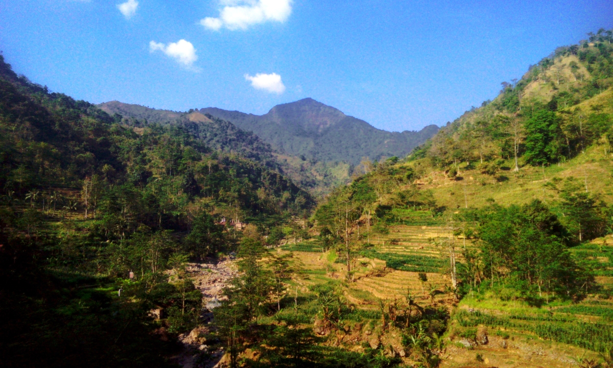 Panorama Alam Desa Wisata Rahtawu, Kudus, Jawa Tengah