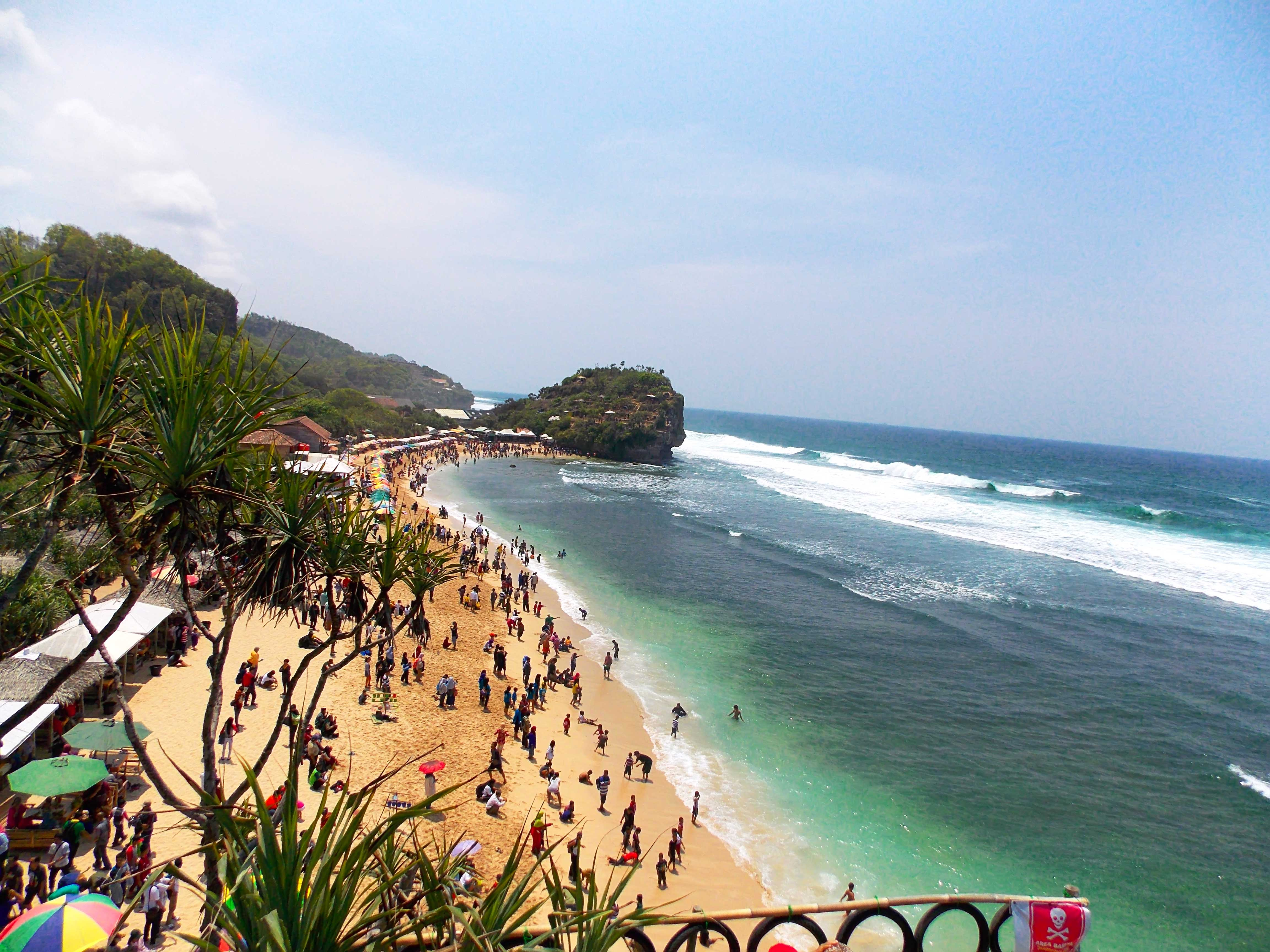 Pantai Indrayanti, Gunung Kidul, Yogyakarta