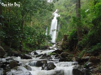 Air Terjun Kaliyetno Nampak dari kejauhan