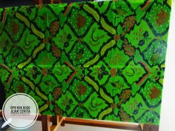 Batik Motif Campran ( Padi, Kedele, Kembang turi,Poo Jati)